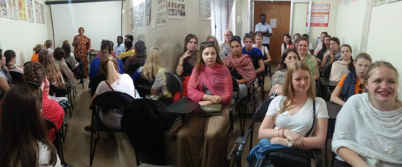 Students of Belgium visited GVN HOSPITAL